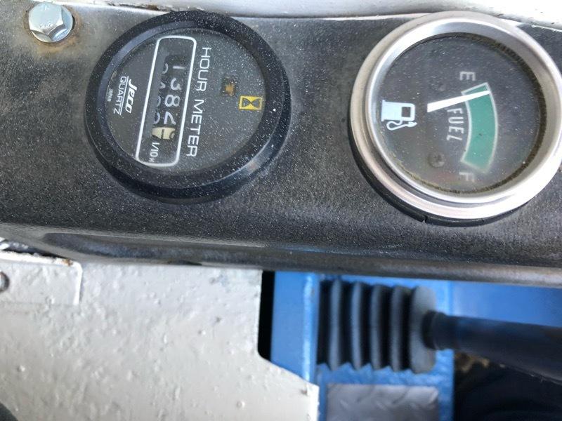 TCM ボブキャット604 3気筒ディーゼル 超低騒音型エンジン クリアパネル付 ワイドタイヤ仕様 ジョブサン_画像7