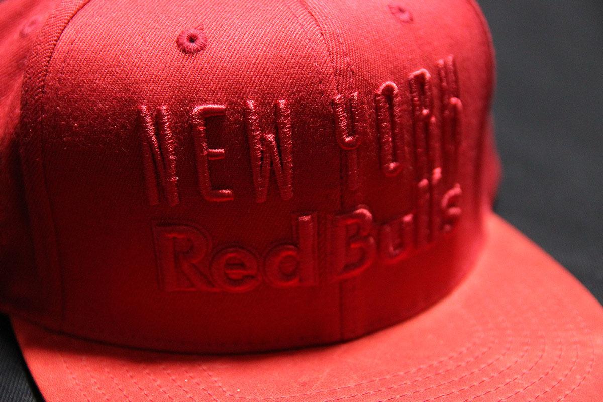 US限定モデル RED BULL/レッドブル x MITCHELL&NESS■新品本物 日本未発売■希少レア キャップ 帽子 /モンスター MONSTER supremex-sports/_画像2