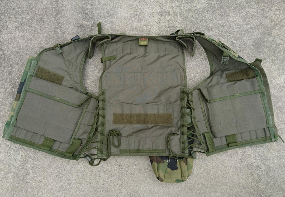 セルビア軍装備セット セルビア、ユーゴスラビア、M89,M93迷彩服、M99ベスト、_画像5