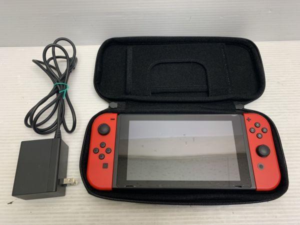 B121-190202-45【中古品】 Nintendo Switch 本体 Joy-Con LR アダプター ケース 動作確認