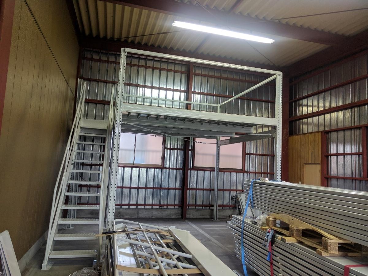 中二階スチールロフトラック(階段なし、連結可能)貸工場、倉庫内の空間有効活用/メザニン・ステージ・フロア・カーポート車庫で使用可能_画像5