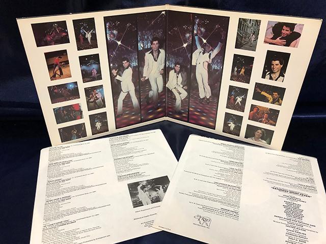 Saturday Night Fever サタデー・ナイト・フィーバー ビージーズ ステイン・アライブ 2枚組_画像3