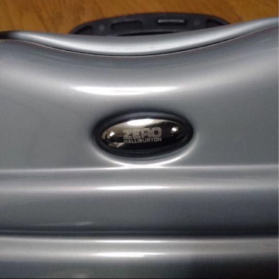 ニューヨーク購入 新品未使用 ゼロハリバートン ベルト付き軽量アタッシュケース 参考9万_画像2