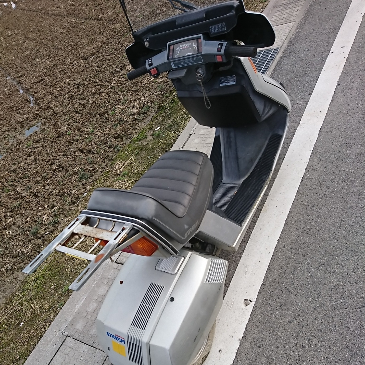 ホンダ ストリーム TB07 レストアベース カスタムベース 三輪 希少 旧車 _画像5