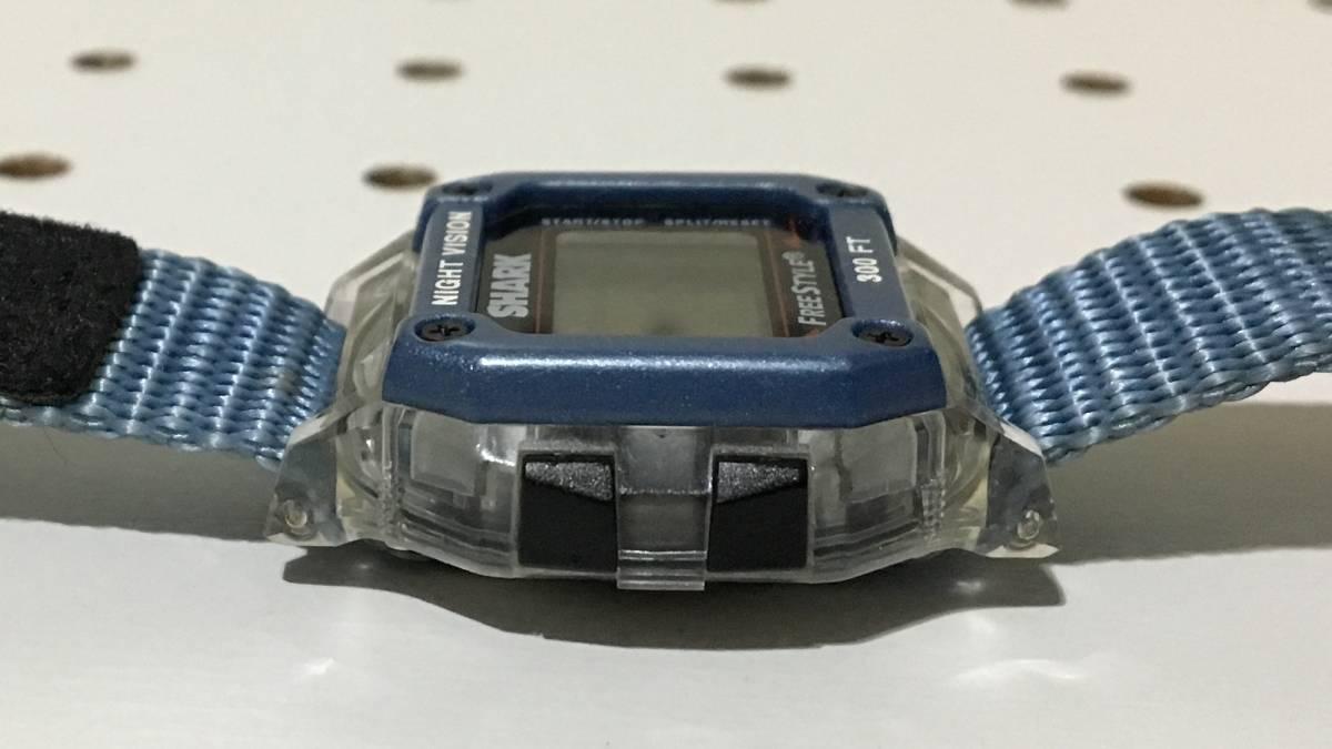 [中古 ビンテージ 90s USA]FREESTYLE SHARK NIGHTVISION (300FT) フリースタイル シャーク 腕時計 ブルー クリア_画像7