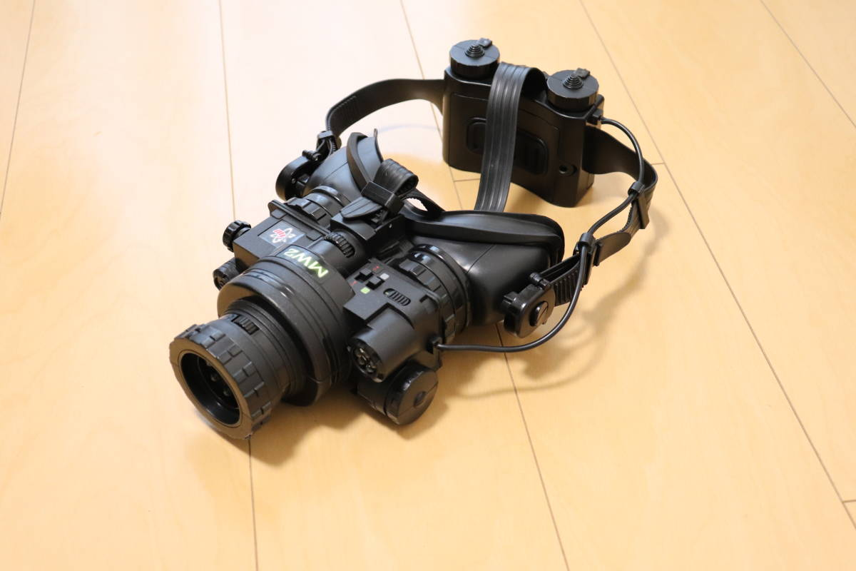 ナイトビジョンゴーグル 暗視装置 赤外線暗視装置