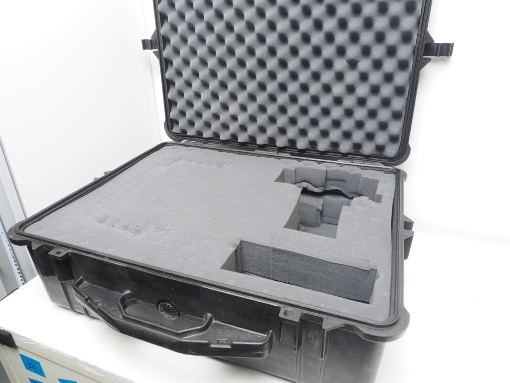 USED PELICAN 1600 CASE ペリカンケース ブラック サイズ 外:W61.9xH49.2xD22.3cm [W36198]_画像3