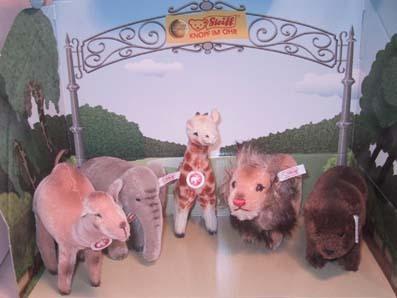◆2006世界限定◆「Zooセット 動物5体(キリン、ゾウ、ライオン、ラクダ、ベア)セット」◆新品即決_画像1
