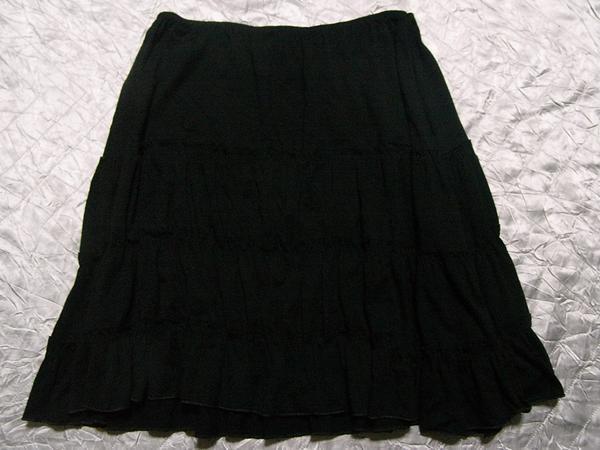 イタリア製 レディーススカート ブラック Mサイズ 新品_画像1