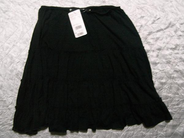 イタリア製 レディーススカート ブラック Mサイズ 新品_画像3