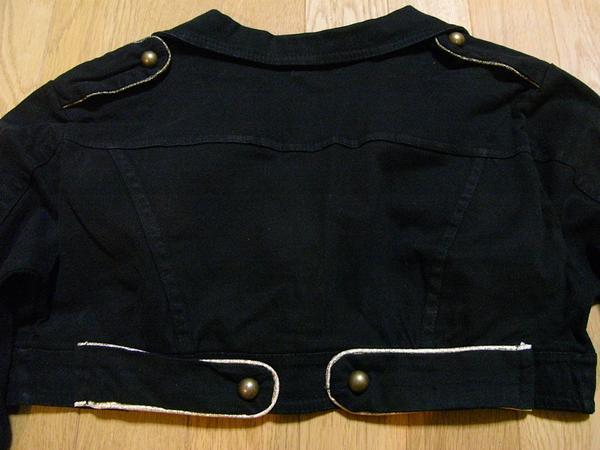 イタリア製 レディースショート丈ジャケット ブラック Sサイズ 新品_画像3