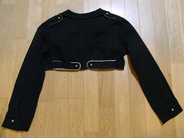 イタリア製 レディースショート丈ジャケット ブラック Sサイズ 新品_画像2
