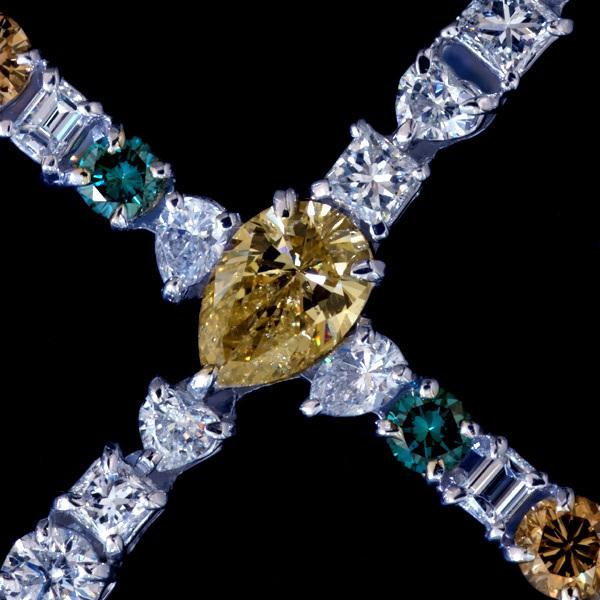 A2218【Cross】大粒上質ダイヤモンド7.04ct 最高級Pt900無垢ビックセレブリティペンダントトップ 重さ11.2g 幅82.3×49.2mm_画像2
