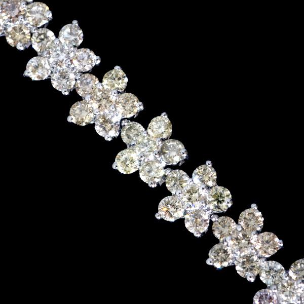 B4579【DIA】天然カラー上質ダイヤモンド6.20ct 最高級18金WG無垢セレブリティブレスレット 腕周り18cm 重さ10.2g 幅6.1mm_画像1