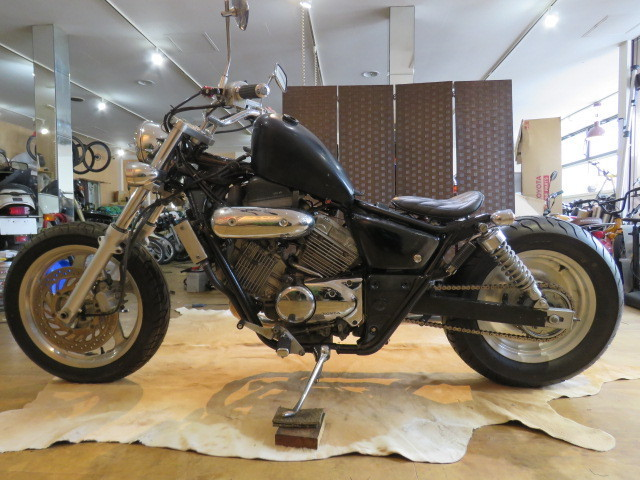 「HONDA MAGNA 250 MC29 ホンダ マグナ 250cc ブラック 27800km エンジン実動! アメリカン バイク カスタム製作中! 札幌発」の画像2