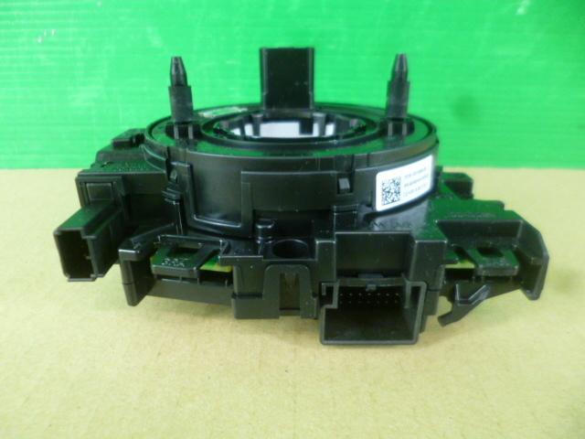ゴルフ7 ハイライン AUCPT スリップリング スパイラルケーブル 動作確認済み [QVQV38759]VW ゴルフⅦ 2014年式 5G AU CPT_画像2