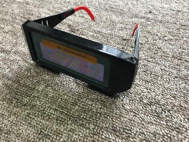 ★即決価格 自動遮光 溶接メガネ ユニット ソーラー 超軽量 かんたん装着 TIG、MAG、MIG、アーク対応_画像1