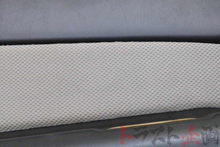 4245218 前期 ドア内張り助手席側 スカイライン 25GTターボ ER34 前期 2ドア トラスト企画_画像5