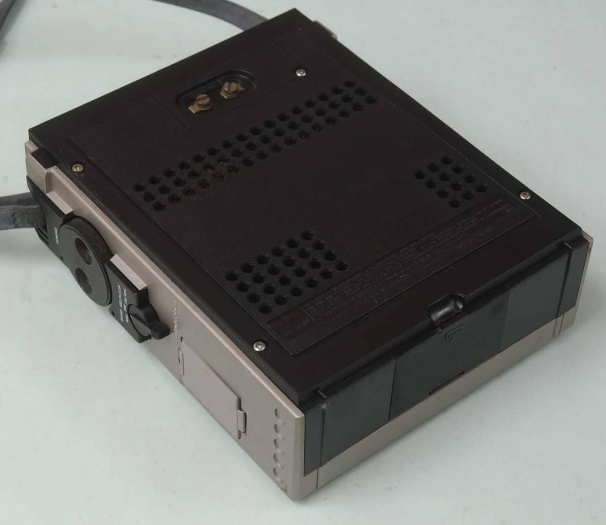 ジャンク!SONY ICF-5500 スカイセンサー FM/AM 3バンド レシーバー_画像3
