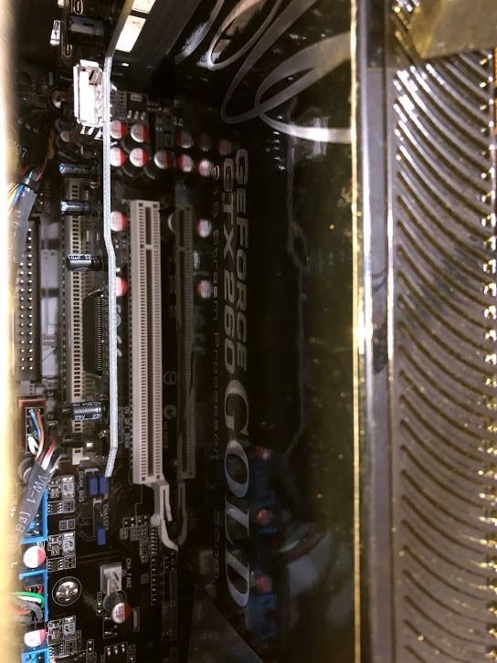 自作パソコン 自作PC / ASUS P6T / Core i7 / GeForce GTX 260 / ドライブ類無し   ジャンク_画像5