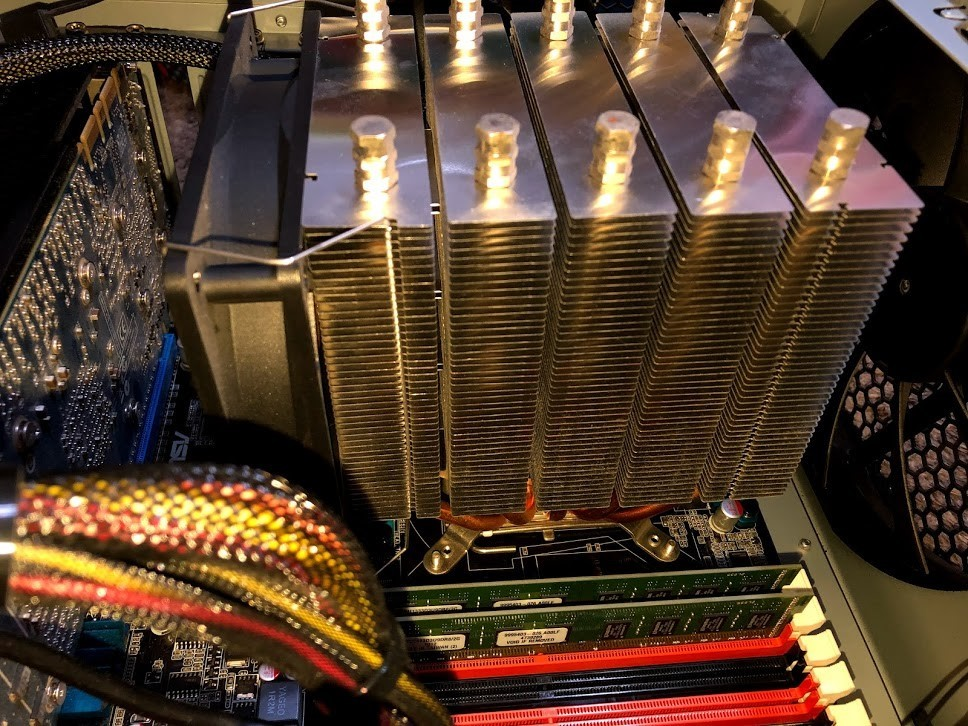 自作パソコン 自作PC / ASUS P6T / Core i7 / GeForce GTX 260 / ドライブ類無し   ジャンク_画像4