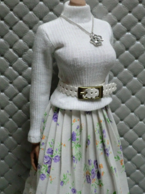 TBLeague・ファイセン着せ付け可:白のセーターとロングスカート 定形(外)郵便は送料無料です(^o^)