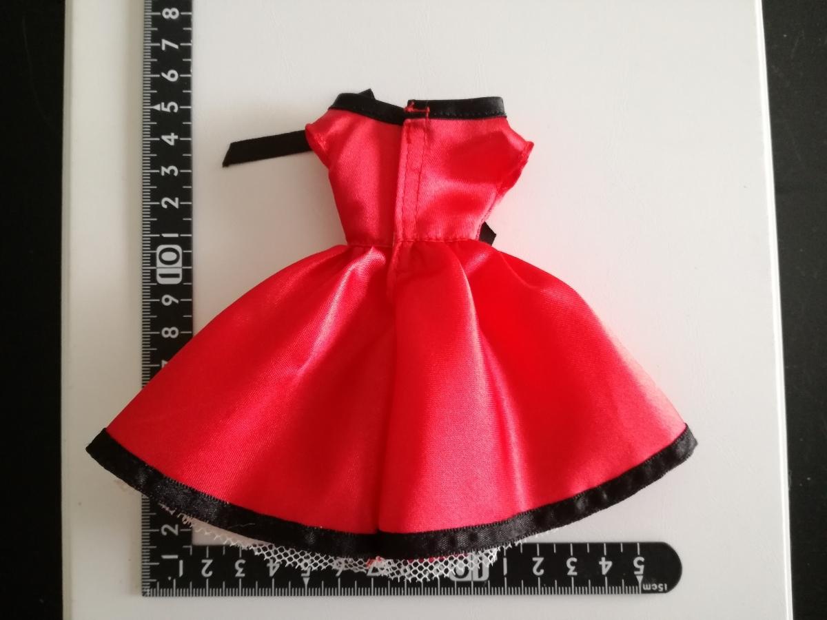 タカラタグ 人形用 赤×黒 ブラック パイピング ワンピース リボン サテン バービー ジェニー momokodoll 1/6ドール_画像2