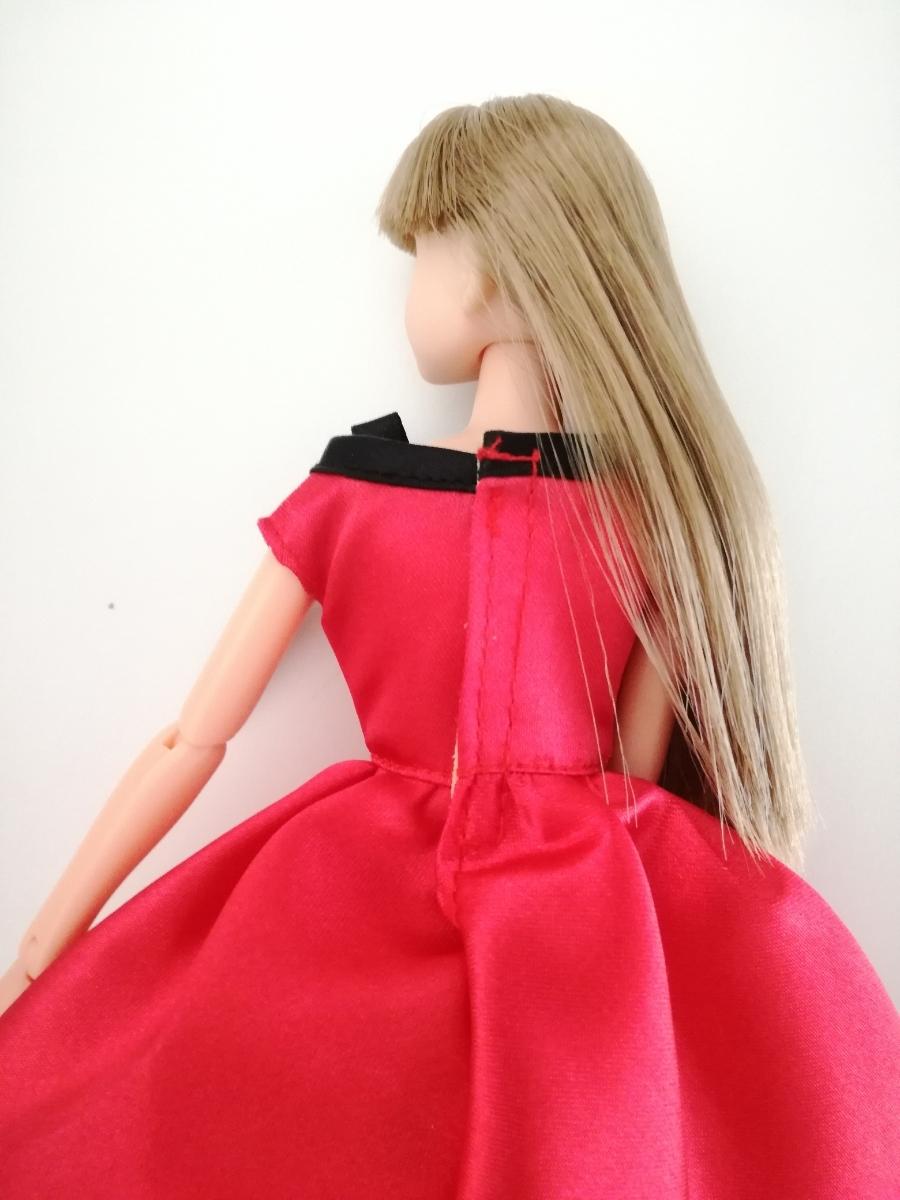 タカラタグ 人形用 赤×黒 ブラック パイピング ワンピース リボン サテン バービー ジェニー momokodoll 1/6ドール_画像5