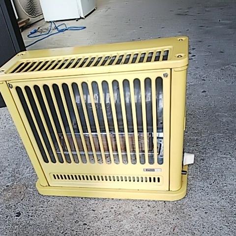 かわいい置物 HITACHI 日立熱器具 LPガス用 ガスストーブ GVB-30 プロパン用 レトロ アンティーク 昭和レトロ 味でてますよ~_画像4