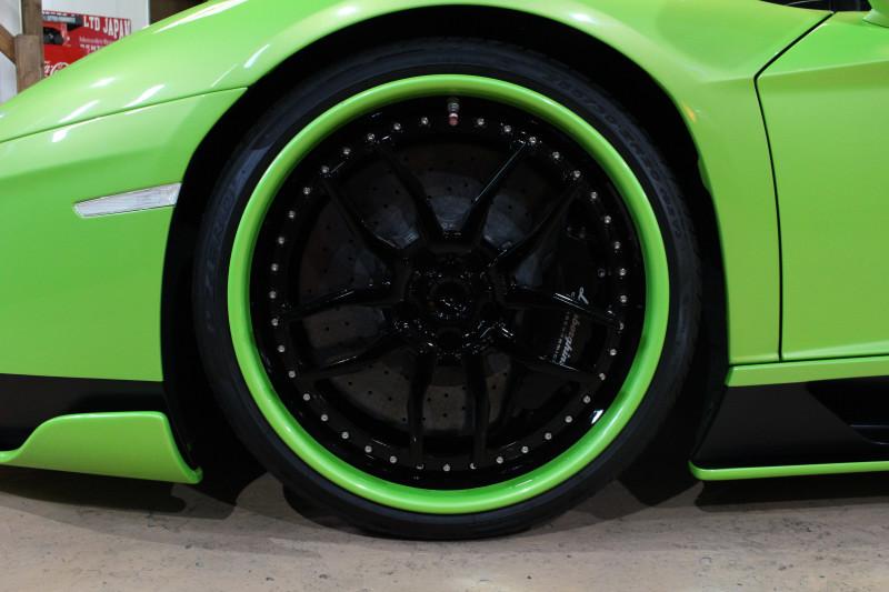 2015 アヴェンタドール 正規輸入車後期モデル LBエアロ付 社外マフラー可変付カスタム車両_画像9