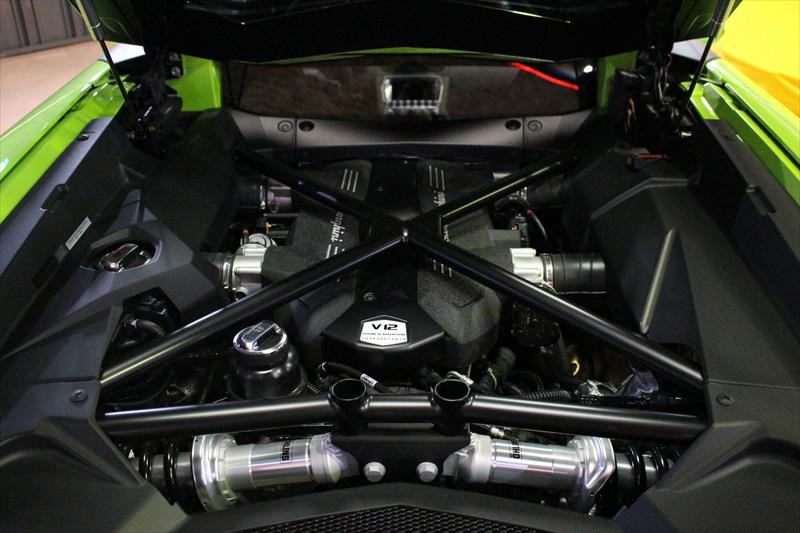 2015 アヴェンタドール 正規輸入車後期モデル LBエアロ付 社外マフラー可変付カスタム車両_画像10