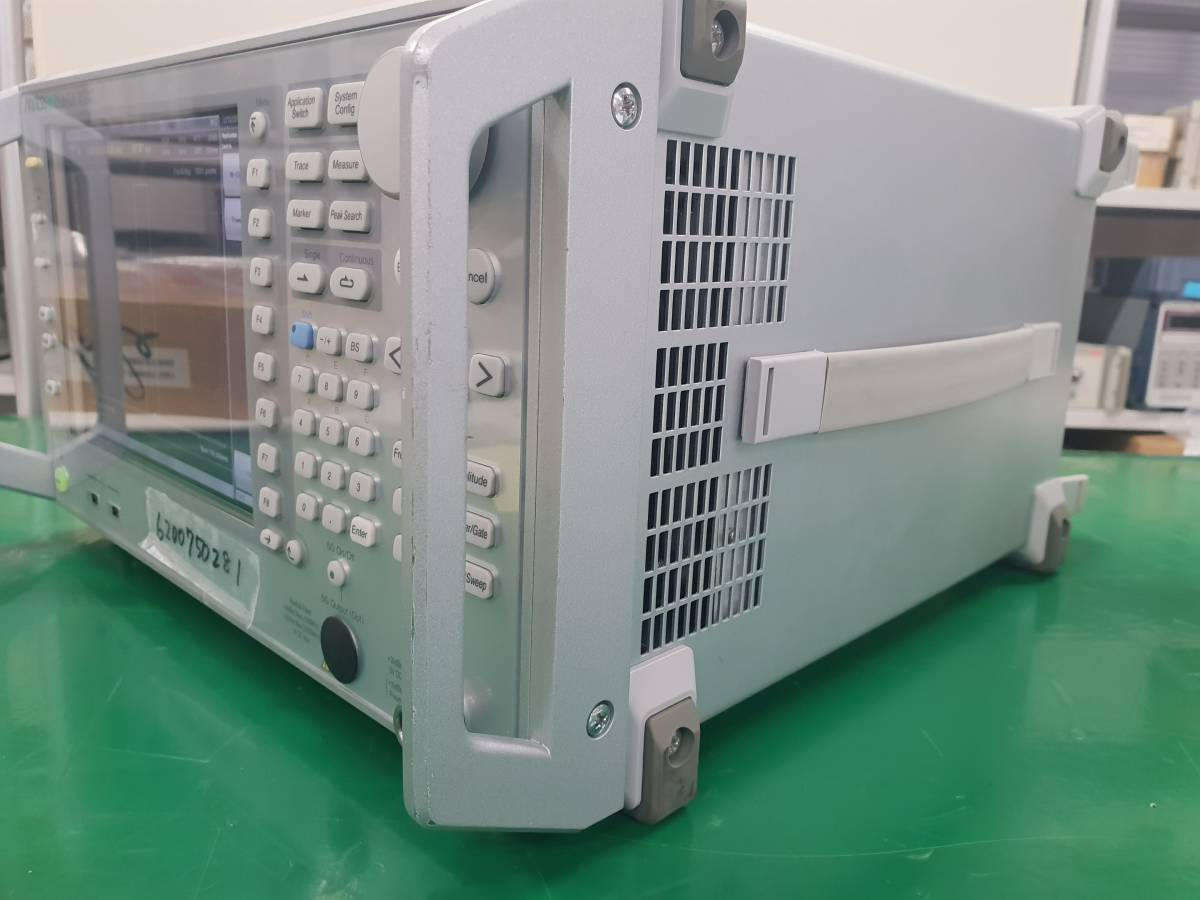 Anritsu MS2691A Signal Analyzer 50Hz - 13.5GHz _画像6
