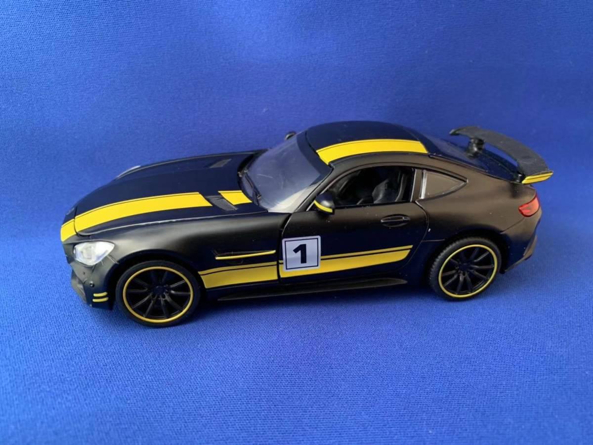 ★新品 メルセデス AMG GT3 人気のマッドブラック リアウイングはカーボン調 メタルボディー★