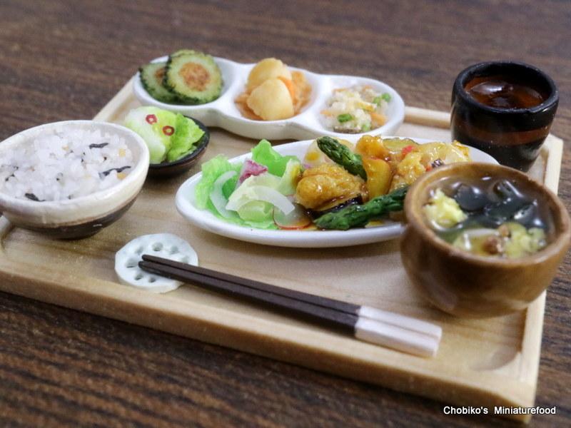 ちょび子★ミニチュア鶏肉の甘酢定食_画像5
