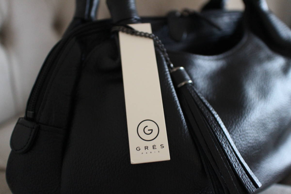 新品 定価39,900円 GRES グレ 本革製 ハンドバッグ 黒 sutekinabag_画像2