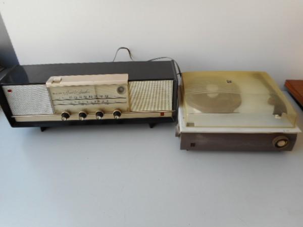 真空管ラジオ ナショナルGM520 ターンテーブルナショナル7L-857 ジャンク