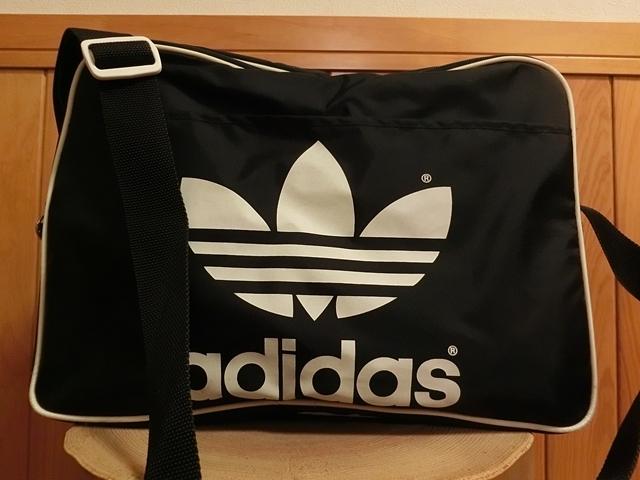 49fb3f44c6a5 beautiful goods OLD adidas three leaf to ref . il shoulder bag black ×  white Adidas