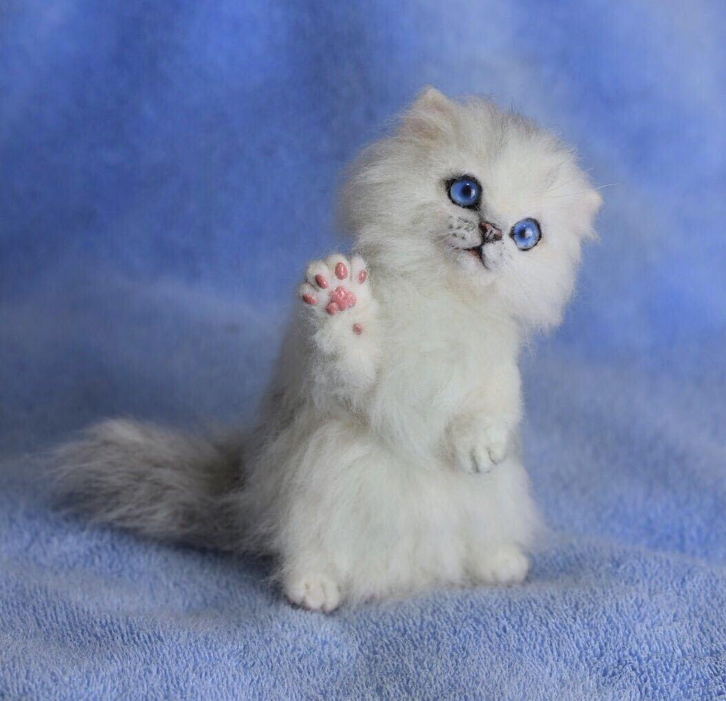 羊毛フェルト 子猫 チンチラ 猫 ハンドメイド 手作り人形 ぬいぐるみ グレー ホワイト