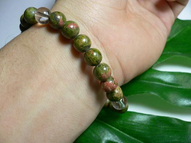 ◆天然石ブレス在庫処分◆8mm珠ユナカイト+水晶 数珠ブレス_画像2