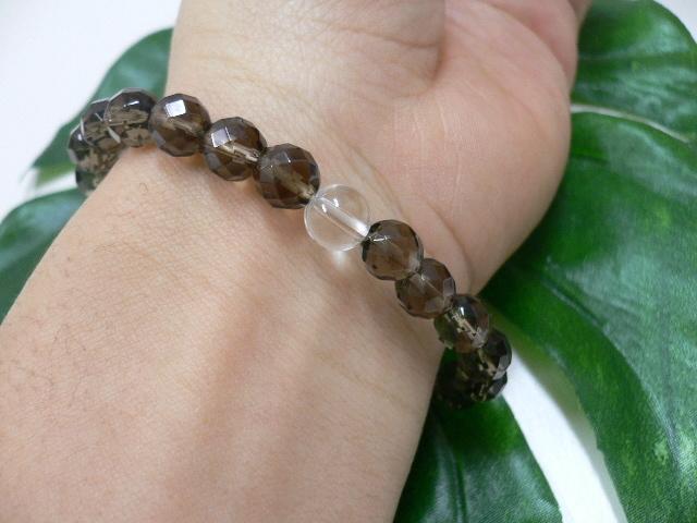 ◆天然石ブレス在庫処分◆8mm珠スモーキークォーツ[64面カット]+水晶 数珠ブレス_画像2
