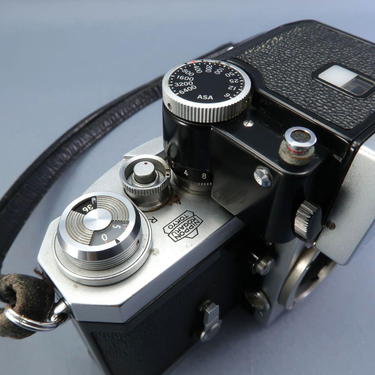 ★Nikon F フィルムカメラ 本体 レンズ Nikkor-Auto 105mm F 2.5 28mm F 3.5 NIKKOR-H Auto 1:3.5 f=2.8cm FTN 付属多数 ジャンク_画像4