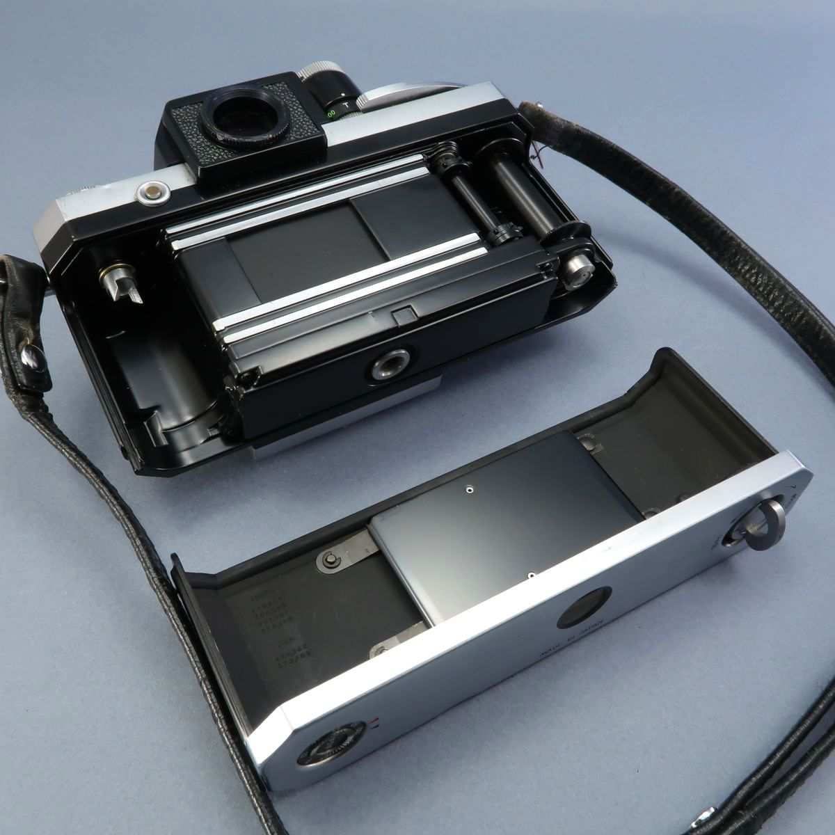 ★Nikon F フィルムカメラ 本体 レンズ Nikkor-Auto 105mm F 2.5 28mm F 3.5 NIKKOR-H Auto 1:3.5 f=2.8cm FTN 付属多数 ジャンク_画像6