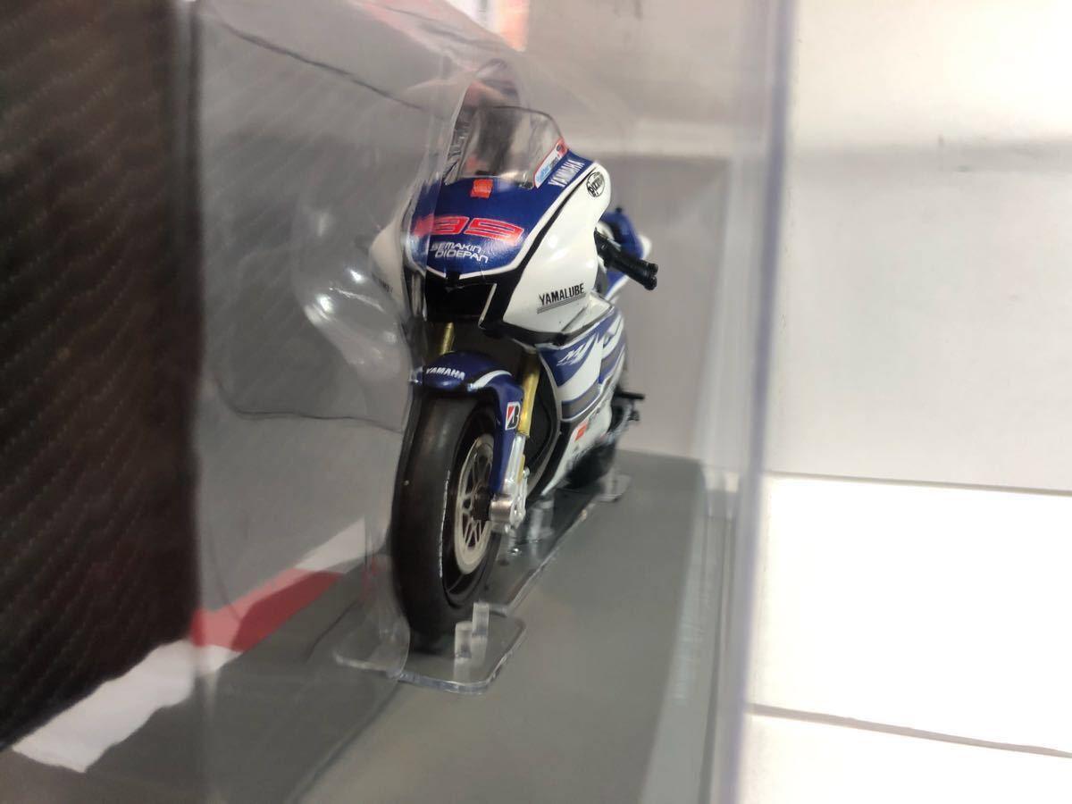 1/18 ヤマハ YZR-M1 2012 #99 ロレンソ Moto GP 国内未発売_画像3
