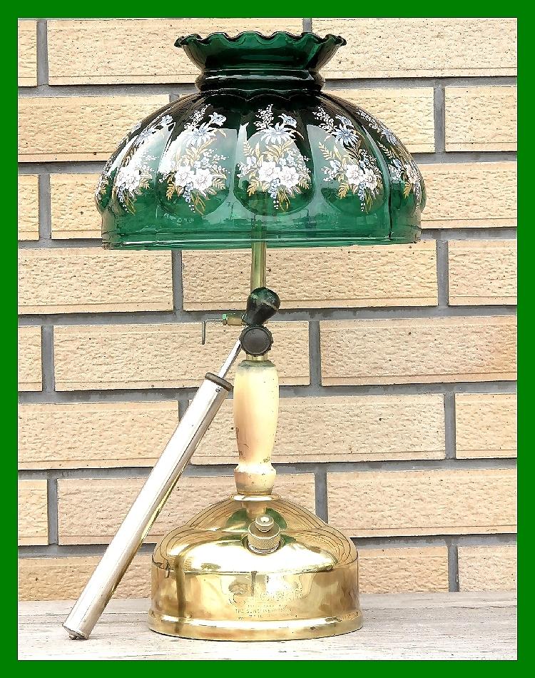 4'47 レアCanada Coleman 156 Table Lamp All Brass コールマン完全OH点火1年間保証メロン系グリーンフラワーガラスシェード付200A_画像7
