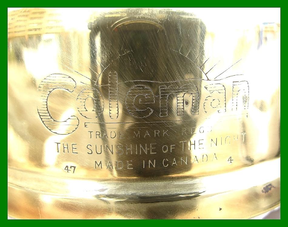 4'47 レアCanada Coleman 156 Table Lamp All Brass コールマン完全OH点火1年間保証メロン系グリーンフラワーガラスシェード付200A_画像10