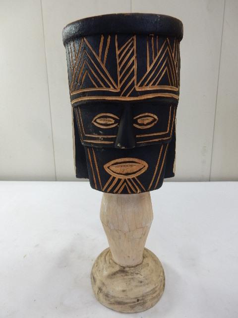 ケニア共和国 木製 手彫り工芸品 二面置物 コレクション インテリア飾り UR_画像1