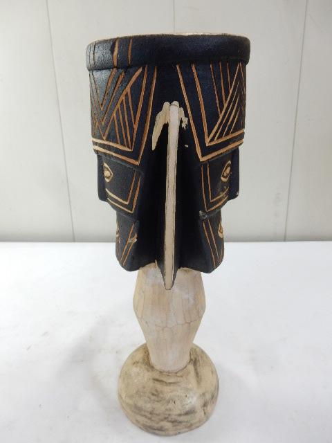 ケニア共和国 木製 手彫り工芸品 二面置物 コレクション インテリア飾り UR_画像3