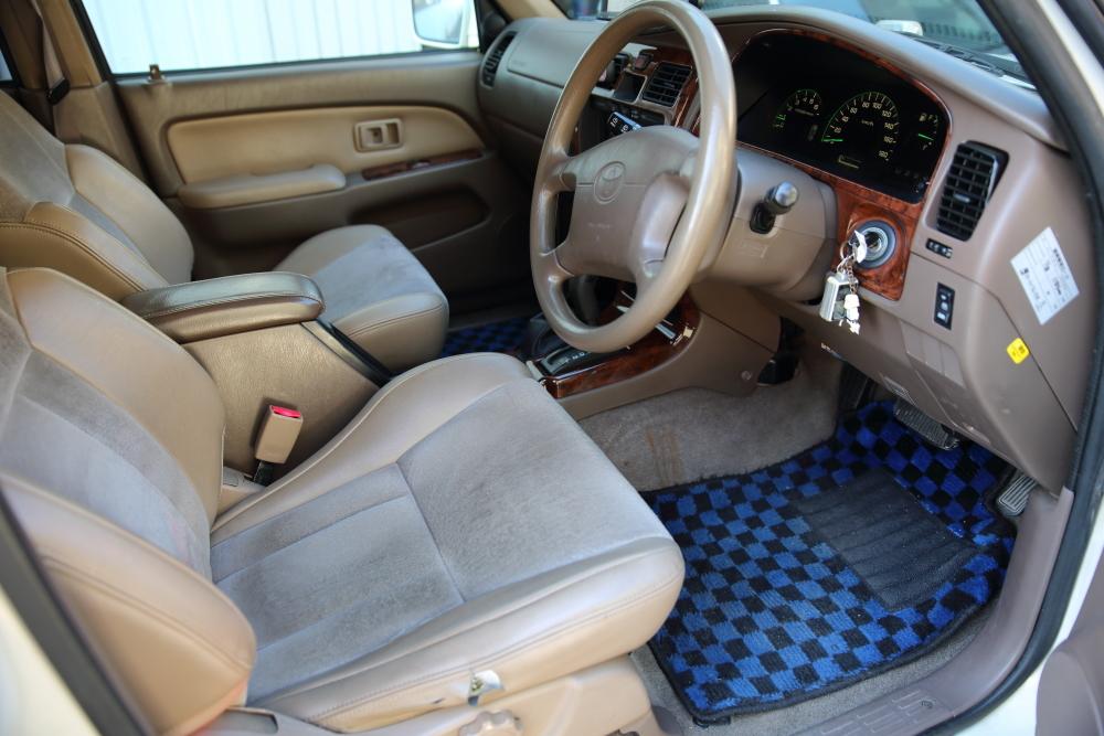 H12年 トヨタ ハイラックスサーフ SSR-X プレミアムセレクション 4WD 車検2年付 乗って帰れます!リモコンスターター,地デジ、ナビ装備_画像6