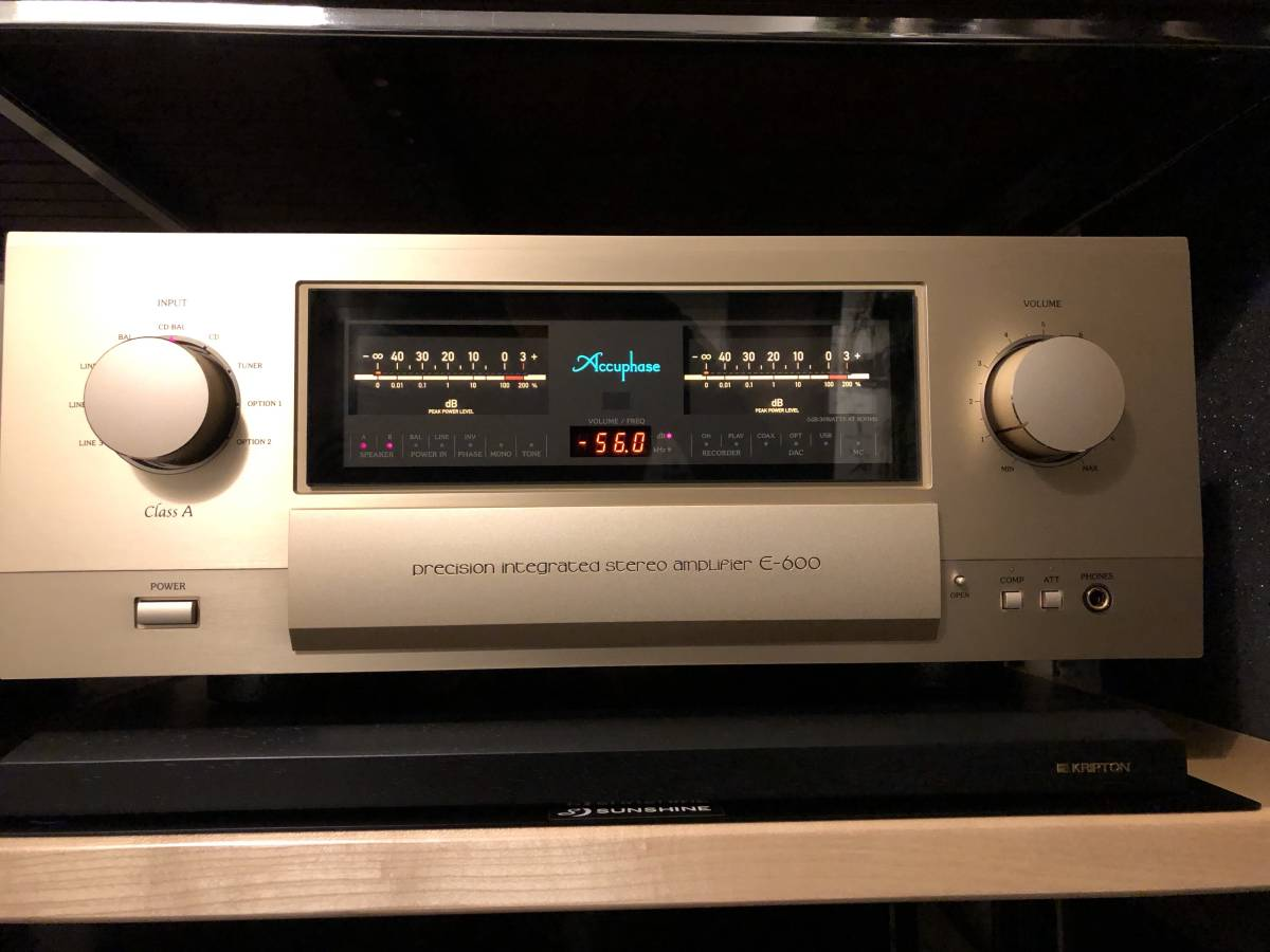 beautiful goods Accuphase pre-main amplifier E-600 Accuphase