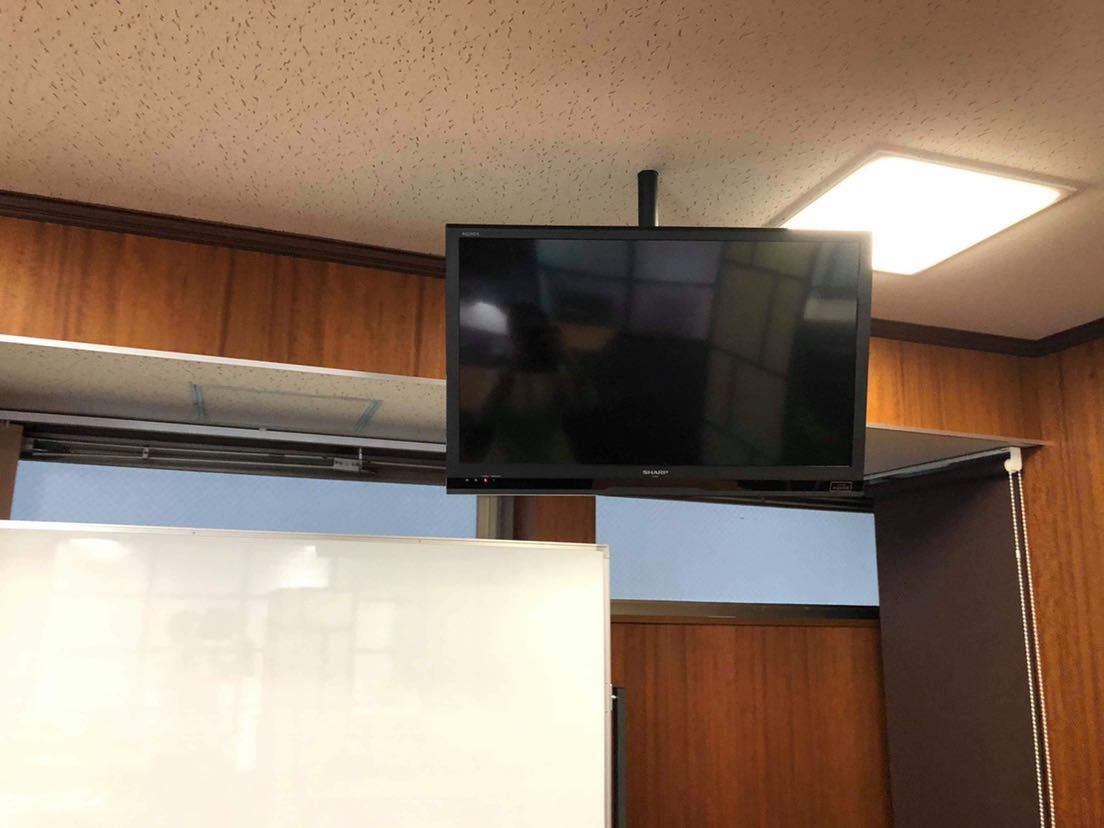 SHARP AQUOS 液晶テレビ 32V 壁掛け 2013年製 ☆動作確認済み☆_画像2